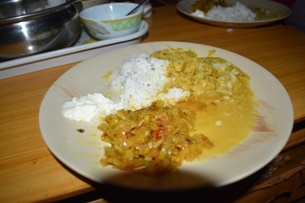 Dal mit Reis und Gemüse